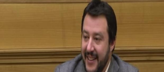 Matteo Salvini, solidarietà da Renzi