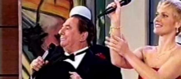 Raul Gil diz que Record preferiu Xuxa