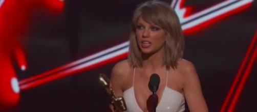 Taylor Swift ganhou 8 prémios nos BBMA 2015