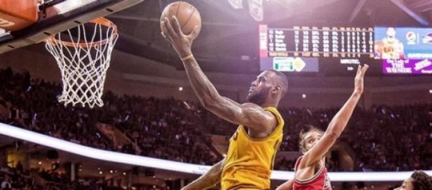 LeBron James busca su primer título en Cleveland