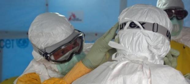 Sale a 17 il numero degli isolati per Ebola