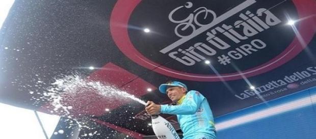 Tiralongo s'impose au Giro à 38 ans, un record !