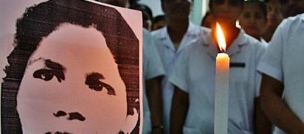 Aruna Shanbaug, comatose for 42 years, dies.