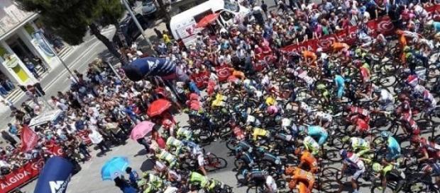 Direct/Tour d'Italie : la 10e étape du Giro (Live)