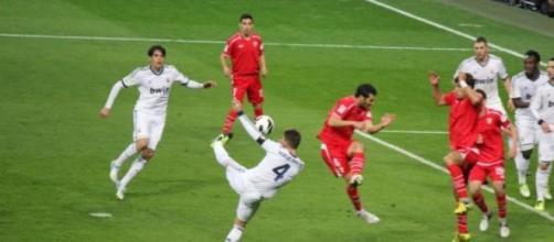 Sevilha e Real Madrid defrontam-se este sábado