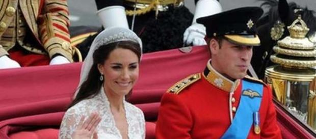 A filha de Kate e William nasceu com 3,71g.