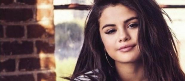 Selena Gomez' Gewichtsdebatte: sie schlägt zurück.