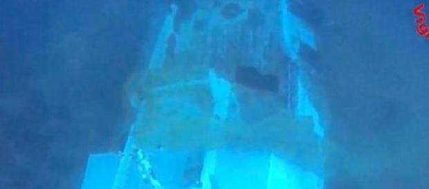 Immagini del barcone affondato