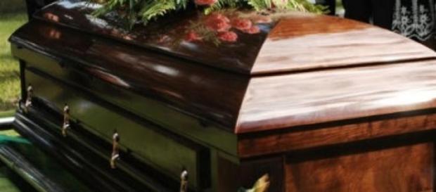 Un ataúd fue robado de un cementerio en San Luis