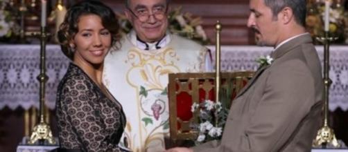 Il Segreto: Emilia e Alfonso rinnovano i voti