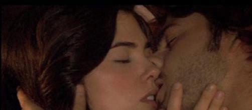 Maria e Gonzalo insieme finalmente.