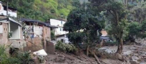 Salgar est couverte de boues et de déchets.