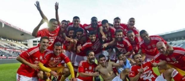 Benfica já se sagrou Bicampeão Nacional.