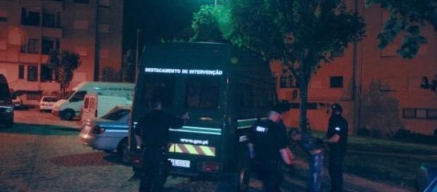 Momento da detenção no centro de Vila Verde