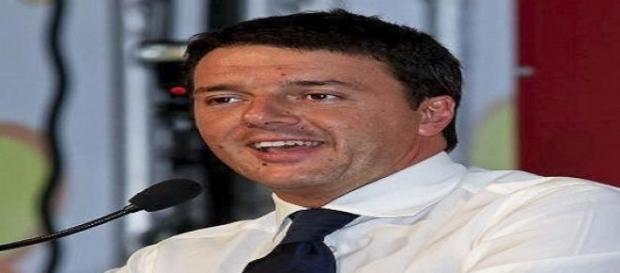 Il Premier Renzi durante una conferenza stampa