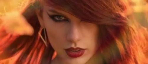 A música é sobre um desentendimento com Katy Perry