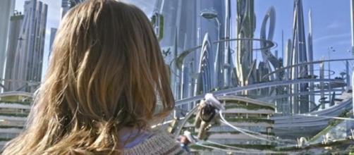 Britt Robertson sparkles in Tomorrowland