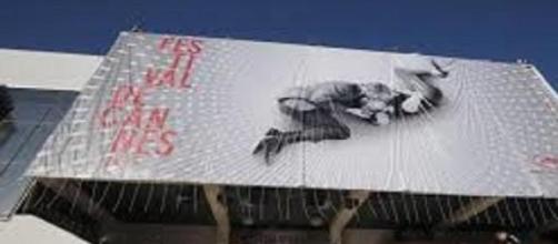 Ingresso al padiglione del Festival di Cannes.