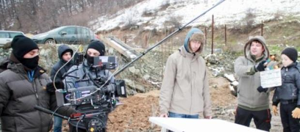 Imagini de la filmările videoclipului