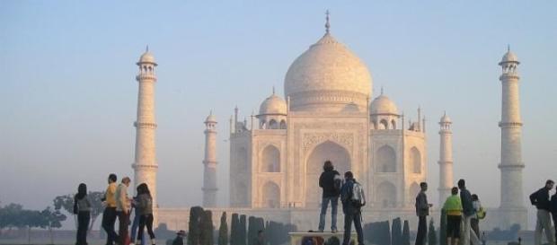 L'Inde subit de fortes chaleurs avoisinant 50°C.