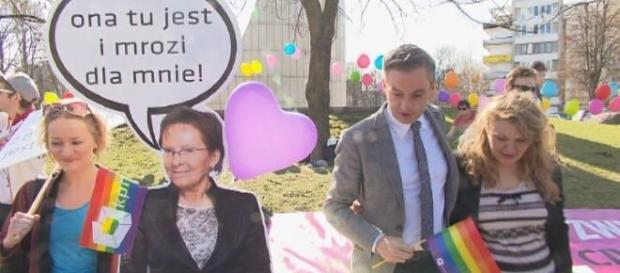 Akcja Kampanii Przeciw Homofobii/fot. TVN24/x-news