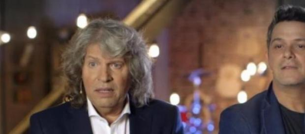 Alejandro Sanz con josé Mercé en La Voz Telecinco