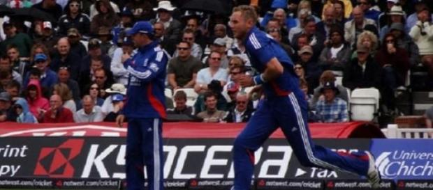Broad (right) and Stokes bowled England to victory
