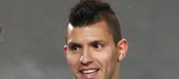 El Kun, máximo goleador en el fútbol inglés