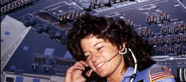 Sally Ride, primeira astronauta da NASA no espaço
