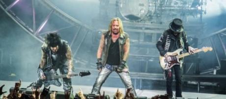 Mötley Crüe se retira a fin de año