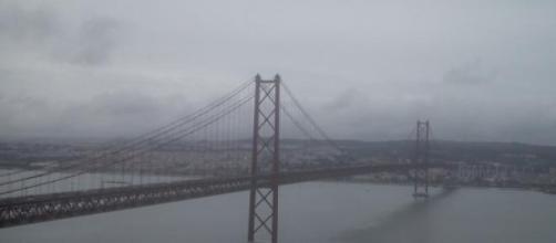 Inteligência dos serviços separa Lisboa e Almada.