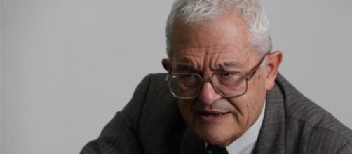 Piombo abandonó voluntariamente su cargo docente