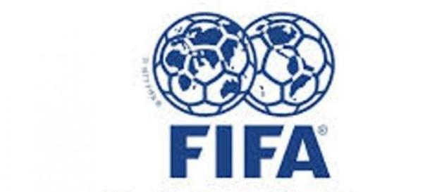 El mundo, la pelota y la FIFA