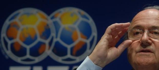 Escândalos  na FIFA envolvem nome de Blatter