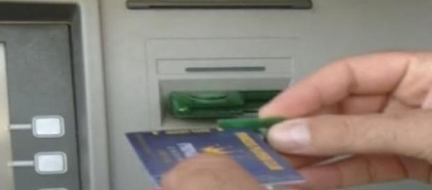 Hoţii de carduri acţioneză în Austria