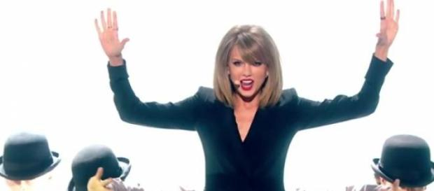 Taylor Swift já iniciou a digressão mundial 1989