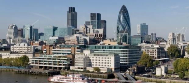 Widok na wieżowce w londyńskim City