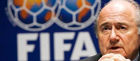 Joseph Blatter tenta seu quinto mandato