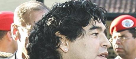 Maradona quer demissão de Joseph Blatter