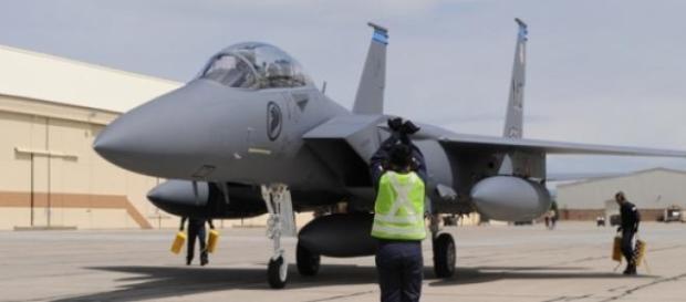 Avion F-15 american la o bază militară în Coreea