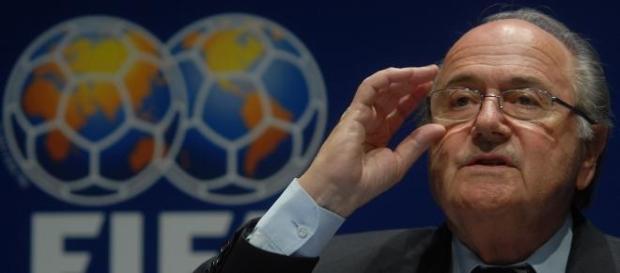 Blatter vive dias complicados na FIFA