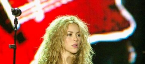 Cântăreaţa Shakira - IQ 140 puncte