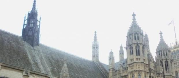Houses of Parliament set to be a battleground