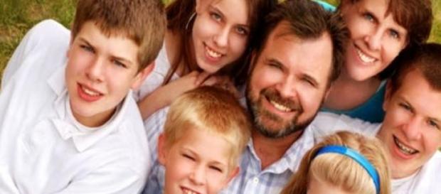 o familie cu un arbore genealogic întortochiat
