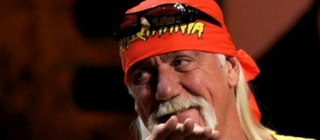 Hulk Hogan quiere ser el nuevo villano de la pelicula Los Indestructibles 4. Según dice, Sylvester Stallone queire volverlo en el hombre más malvado de la Tiera y pueden usar a dobles de Hollywood para lograr esto.