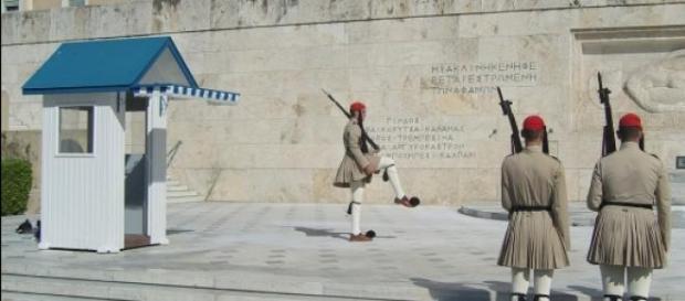 Pensioni, l'FMI chiede alla Grecia nuova austerity