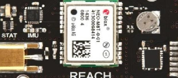 Reach-Dispozitiv GPS cu precizie ridicata.