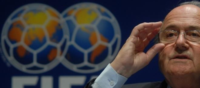 Blatter fue reelecto presidente de la FIFA por cuatro años más, en medio del escándalo desatado el miércoles por denuncias de corrupción, sobornos, y lavado de dinero. Se impuso por 133 votos contra 73 que logró el Príncipe Jordano Alí Hussein.