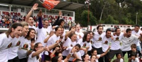 Festa das atletas após a conquista do título