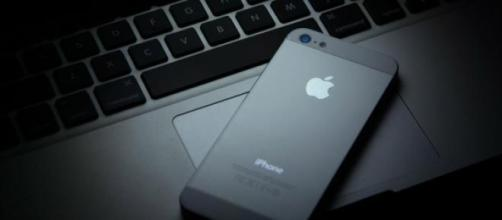 Burlões aproveitam-se do interesse pelos iPhones